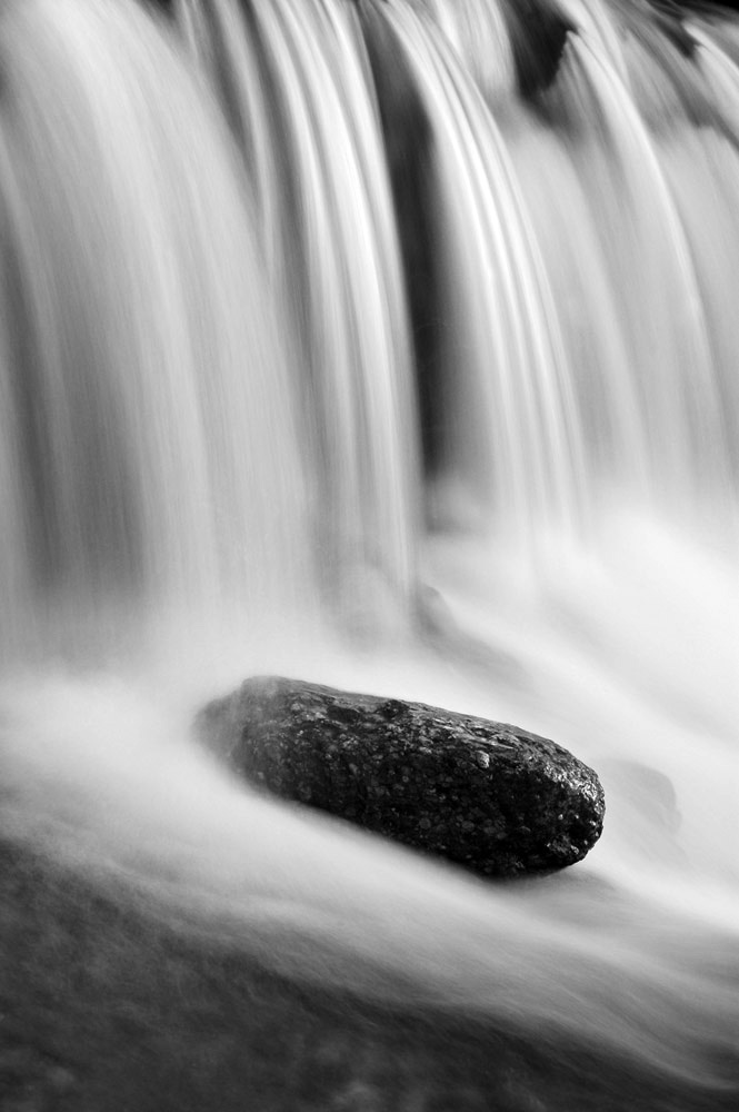 Rushing water alex axon photo